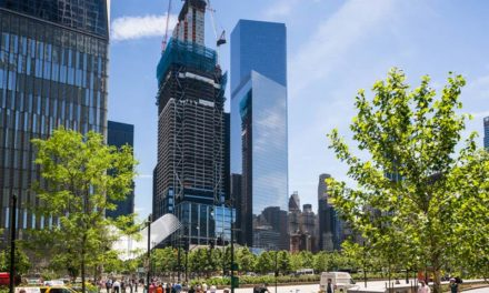 Celebration of final bucket of concrete topping out 3 World Trade Center