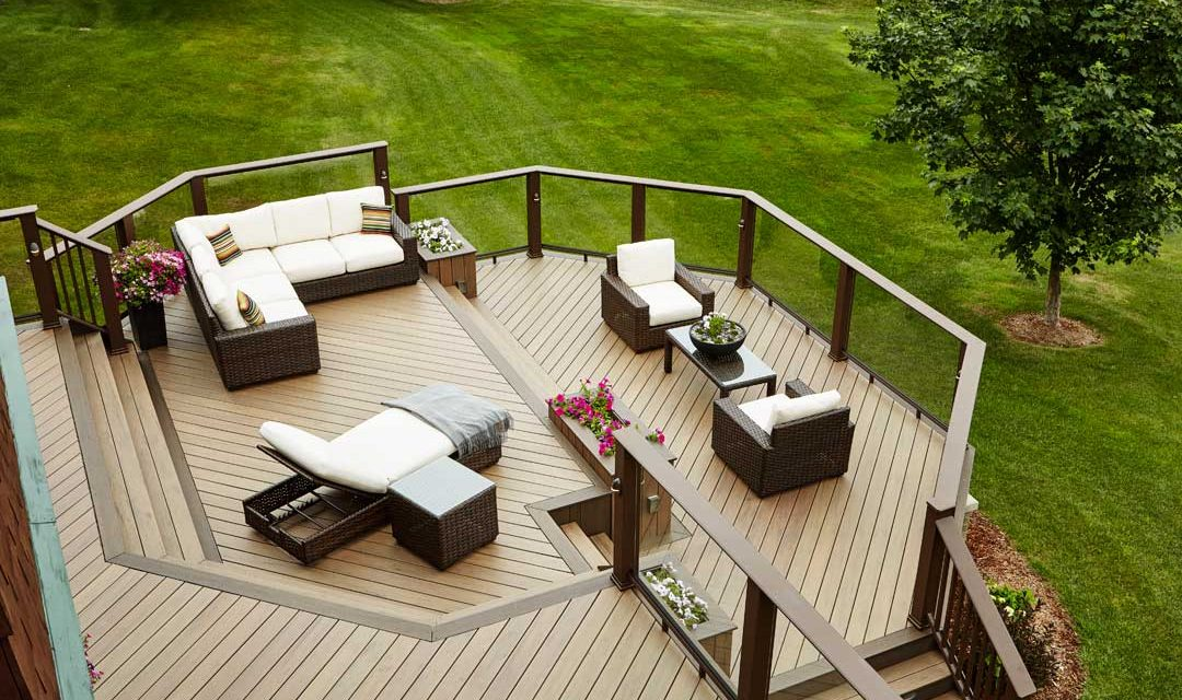 TimberTech® Premium Decking and Rail featured on Archadeck's Design Excellence Award Winner