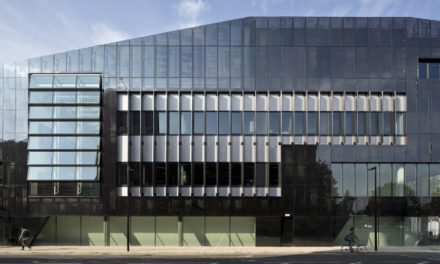 University of Manchester National Graphene Institute wins RIBA National Award