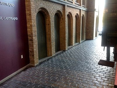 Holocaust Memorial Center with LITHOTEX® Pavecrafters® - Cobblestone Running Bond. Courtesy of L. M. Scofield
