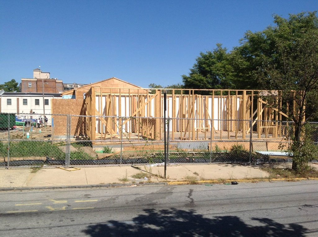 Habitat For Humanity Cuts Down On Construction Time With Lp Flameblock Fire Rated Osb