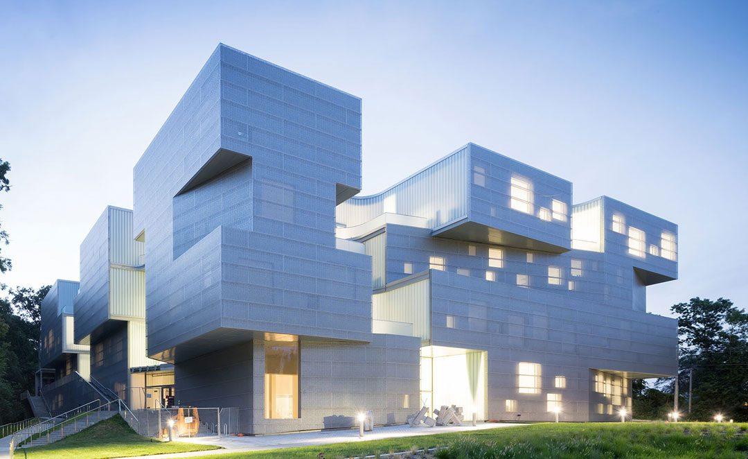 UNIVERSITY OF IOWA VISUAL ARTS BUILDING Iowa City, Iowa | 2016. Architects:  Steven