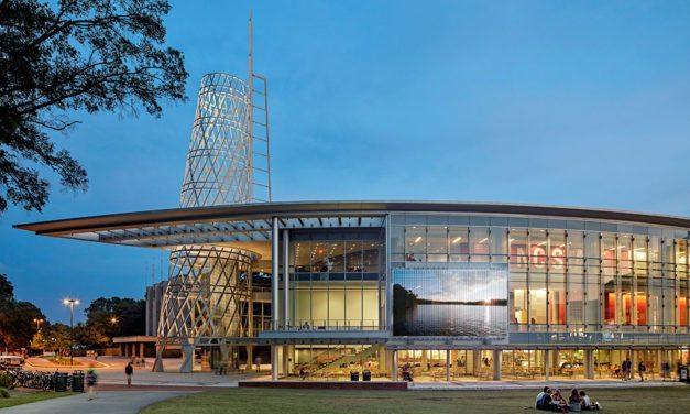 Mediamesh University: Transforming University Buildings with Dynamic Media Façades