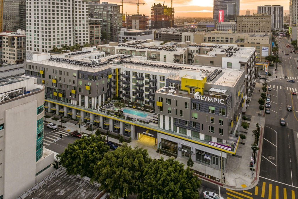 Oakwood Olympic & Olive in Downtown Los Angeles. Photographer: Darren Bradley