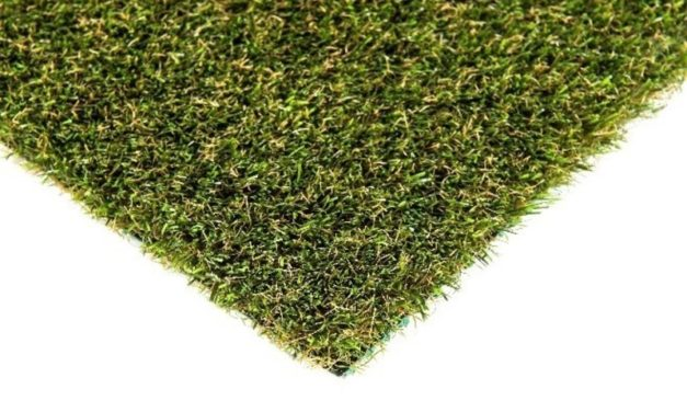 Introducing Platinum HeatMaxx®, a new artificial turf solution for reflective burns