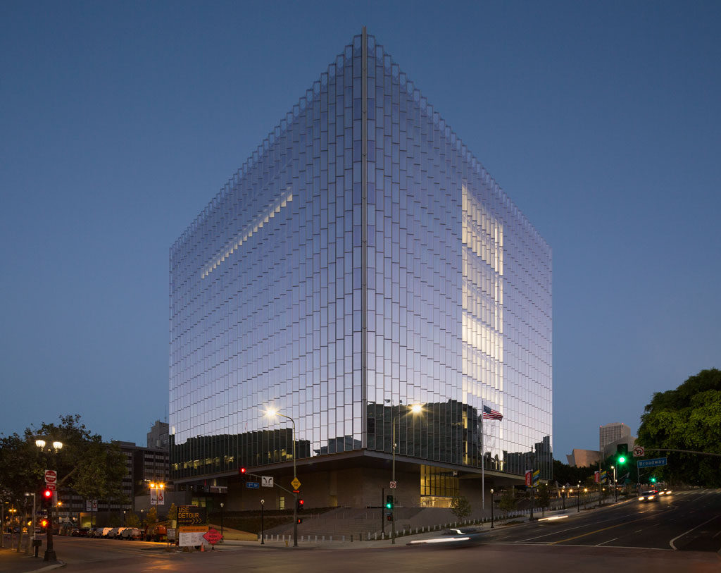 ACEC California Honor Award: Los Angeles Federal Courthouse, Los Angeles. Photo courtesy of David Lena