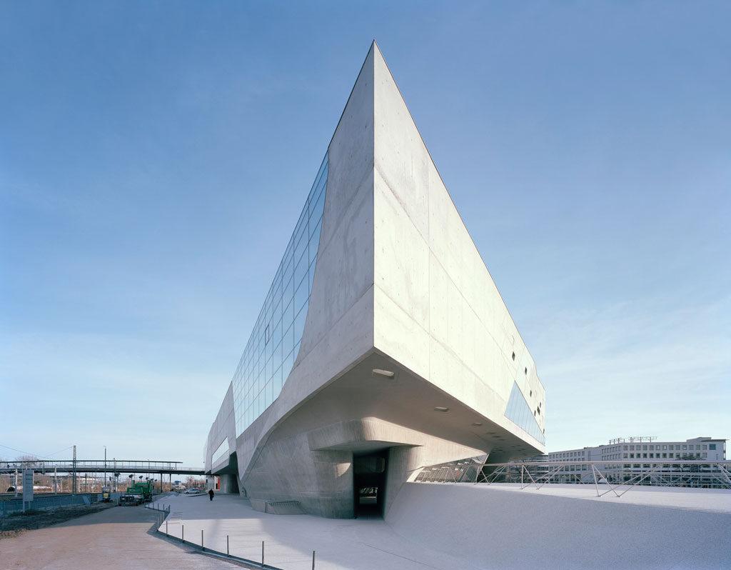 Phaeno Science Center, Wolfsburg, Germany. Photo: Klemens Ortmeyer