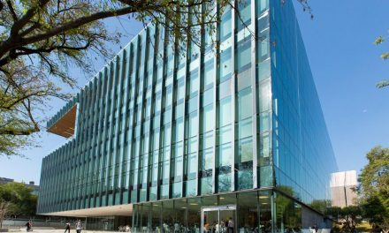 Main Library at Mexico's Tecnológico de Monterrey University, featuring Solarban 90 glass, earns honor