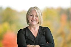 Jennifer Bahan, Senior Associate, Director of Healthcare Interior Design at Hoefer Wysocki