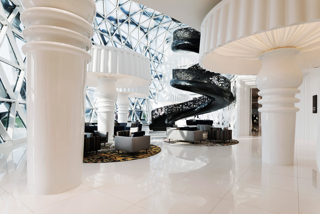 Photo: Mondrian Doha, an iconic interior by Marcel Wanders, 2017