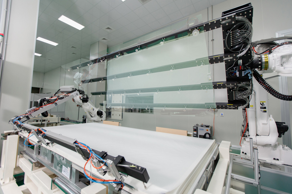 Kinestral Technologies, Inc.  has begun shipping Halio™ smart-tinting glass from its first large-scale factory located in Taiwan.