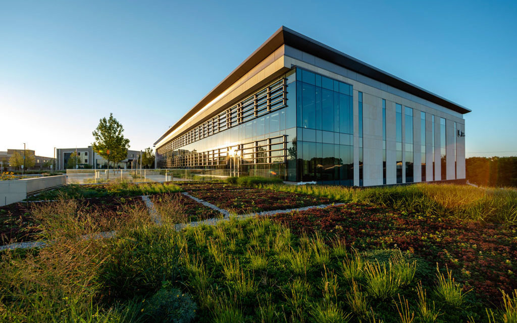 Harley Ellis Devereaux (HED) and Walsh Construction complete biophilic design-embodied Palos Health South Campus