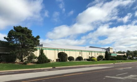 Western Specialty Contractors installs new roof, removes skylights at Peoria realtor office
