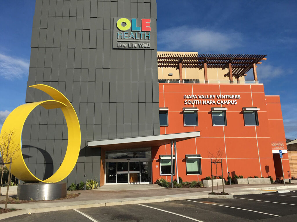 OLE Health – South Napa location, Calif. Photo credit: Bryan Gray Photography, courtesy of OLE Health and of Linetec