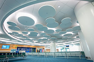 CertainTeed Decoustics Clean-Air Claro®, Vancouver International Airport. Photo credit: Chris Barton Photography