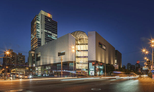Lorin supplies anodized aluminum for unique panels on the CapitaMall LuOne shopping complex in Shanghai