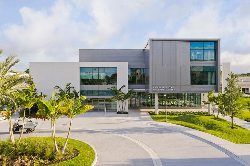 Christine E. Lynn University Center in Boca Raton, Florida. Photo credit: Connie Zhou for Gensler, courtesy of Rockfon