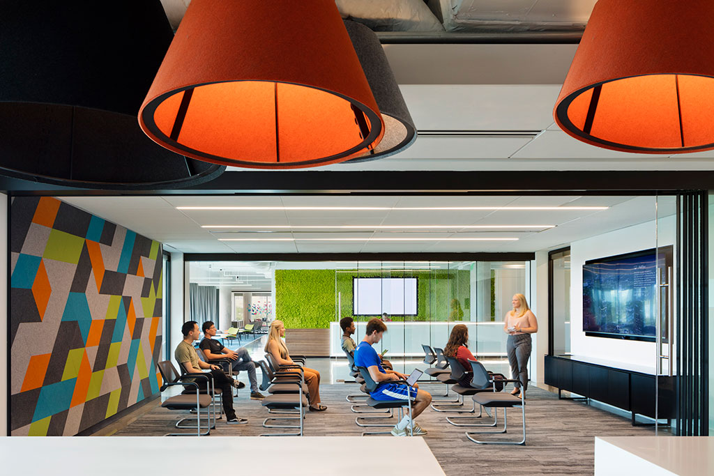 Photo credit: Connie Zhou for Gensler, courtesy of Rockfon