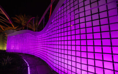 EXTECH's wind-driven, flapper-panel walls create welcoming entrance at Morongo Casino