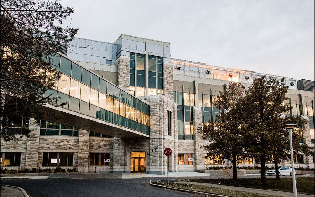 AviProtek® and SOLARBAN® glasses deliver a bird-friendly, science-on-display façade for the University of Saskatchewan's Collaborative Science Research Building